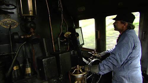 conductor-tren-buscandotucamino
